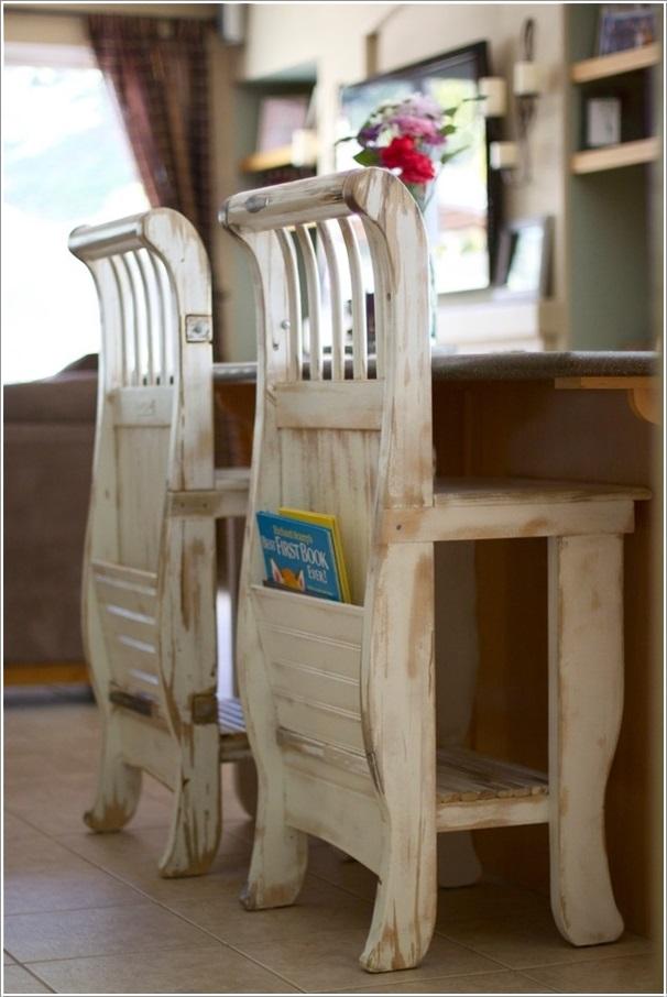 Ötletes konyhai székeket is készíthetünk a babaágyból