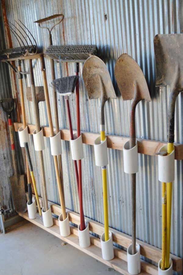 4. Praktikus módszer a kerti eszközök tárolására