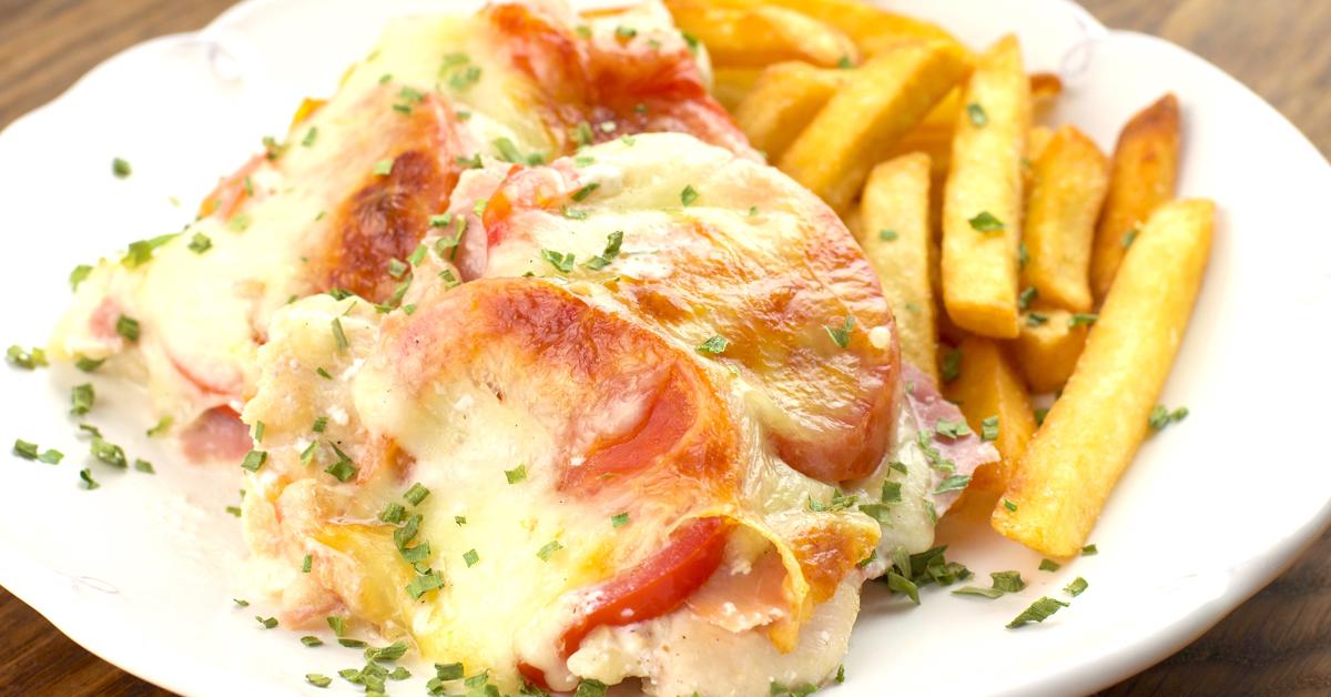 Mozzarellás-paradicsomos rakott csirkemell