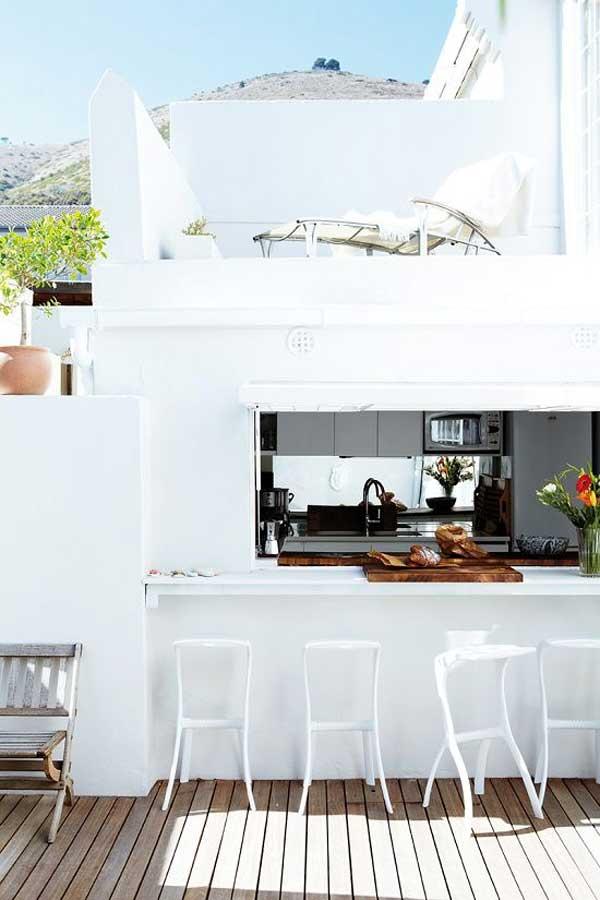 3. Egy időben a konyhában és a teraszon
