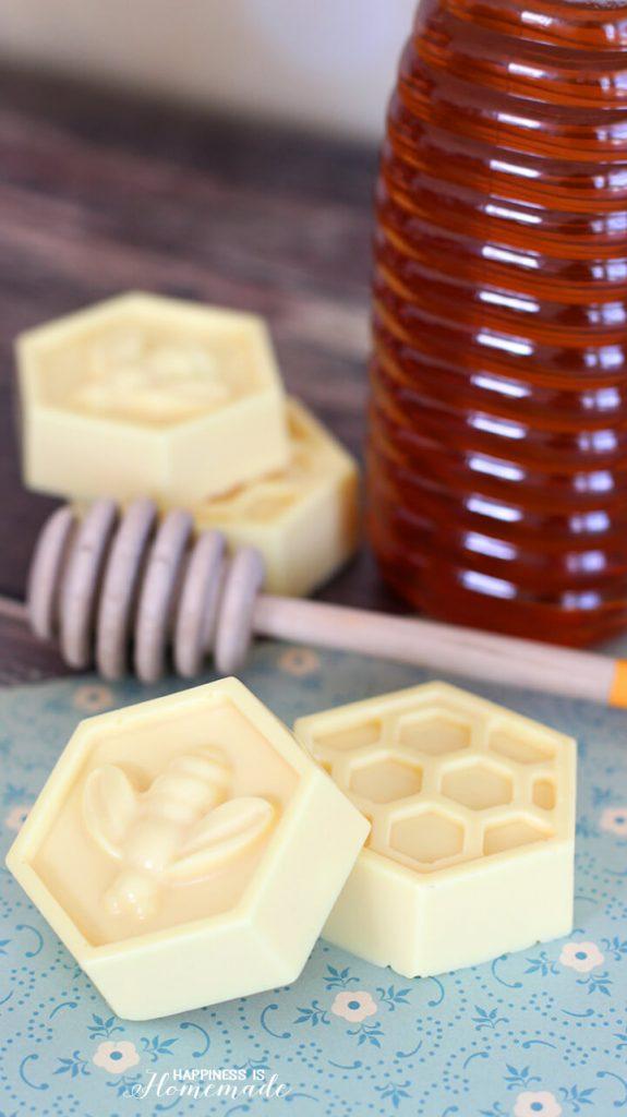 4. 10 perces mézes-tejes szappan
